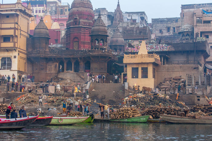 Freshness Ganges River India Indian Indian Culture  Cremation Cremation Ceremony Cremation Of Human Cremation Wood Cremationceremony Selling Sleeping Varanasi Varanasi India
