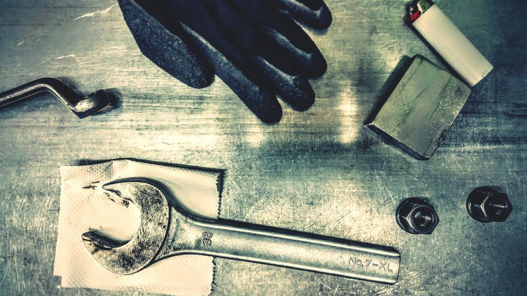 """""""Top of the bench"""" - Omegatainment Workbench Produktion Tools Industrial Industry Industrie Steel Metall"""