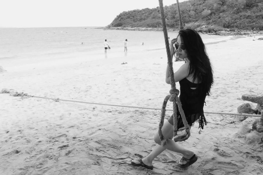 Iam Woman Sea Nature Fashion Blackandwhite Whiteandblack Koh Larn Chonburi Thailand