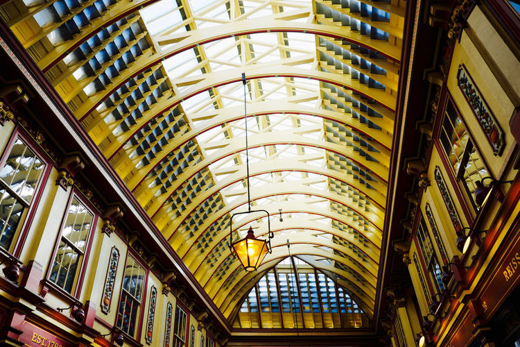 Early morning on the weekend is the best time to go to Leadenhall Market and capture it when it's not busy. Market Leadenhall Market Ceiling Beams Wooden Structure Arcitecture Pattern Seeing The Sights Postcode Postcards
