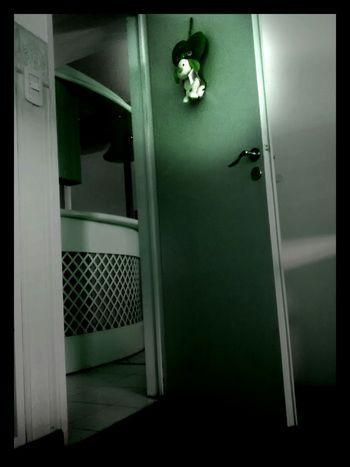 The green room! Scary Por La Tarde