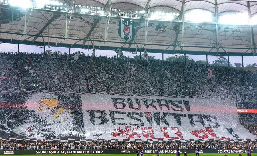 Beşiktaş ! UCL çarsı Besiktas VodafoneArena Large Group Of People Text Crowd Men Real People People Built Structure Day Lifestyles
