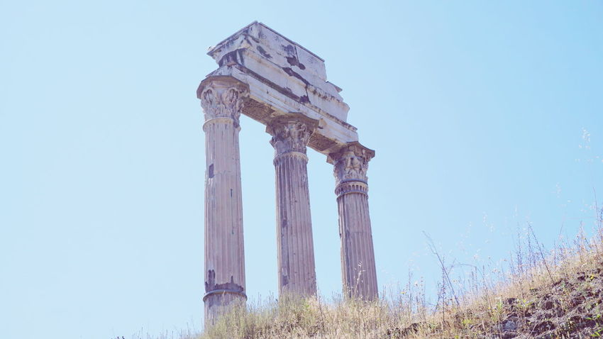 Architectural Column Architecture Sky History Travel Destinations Ancient No People Outdoors Low Angle View Old Ruin Nature Day Clear Sky Rome New Eyeem Rome, Italy Rome Through My Eyes Roman Ruins Roman Italy Rome View Italy Landscape Italytrip Italystyle