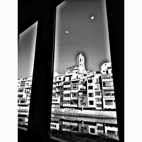 Dinant amb bones vistes.... Igersgirona Incostabrava Gironaemociona Girona . descobreixcatalunya elmeupetit_pais descobreixgirona