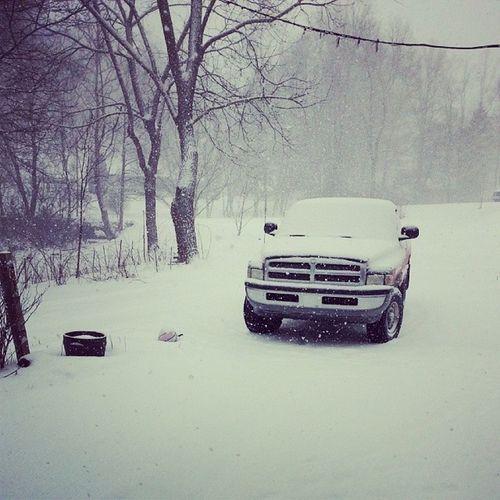 Dodge Snow Dodgeforlife Truck pretty cold fourwheeldrive red 1998 loveit