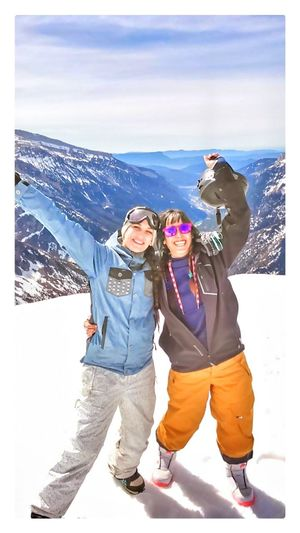 Photo Truefriends Truelove Win Winers Snow ❄ Eyeemphotography Relaxing Moments Atmosphere Montains    Smile ✌ THESE Are My Friends Astun_pirineo Eyeembestsellers Original Experiences Close-up Girl Power