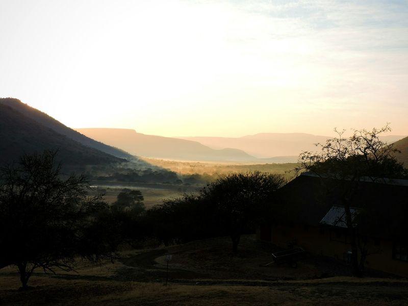 Hannah Lodge Ohrigstad South Africa Africa Sunlight Sunrise Mountains Valley Nature Photography Sunshine Nature Sky Morning Light Morning Sky Tree African Landscape Landscape Wildlife & Nature