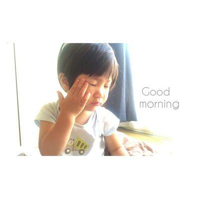 おはようございます☀ * 今日も素敵な1日になりますように✩✩✩ 1歳11ヶ月 23ヶ月 男の子 むすこ 子供ig_kids ig_beautiful_kidskids_stagram 寝起き親バカ親ばか部ig_oyabakabulovekids_ おはようございます