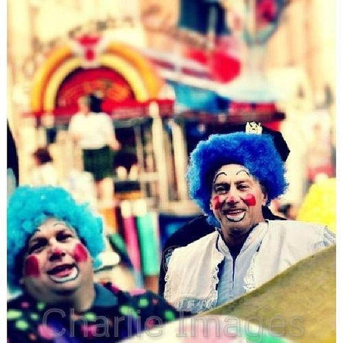 Macys Thanksgiving Day Parade [Photo/Charlie Images] NY NYC Streetphoto Photojournalism clowns columbuscircle @nyc @nycpics