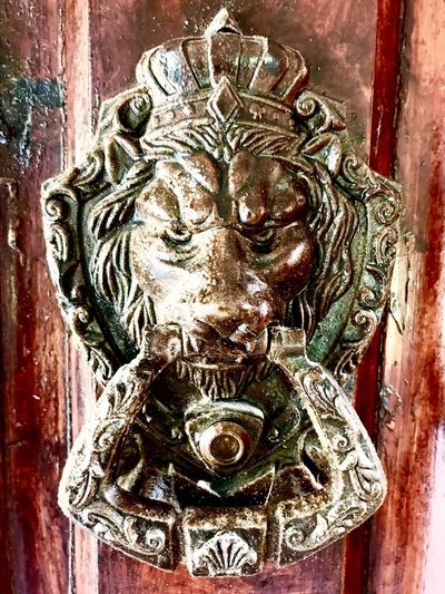 Mix Yourself A Good Time Door Art And Craft Close-up No People Day Statue Indoors  Architecture Gargoyle Mix Yourself A Good Time