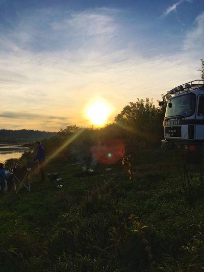 Sunset Barbecue Riverside Memel Campfire Camper Baltics2k16