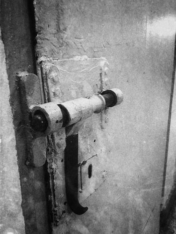 Door Metal Safety Protection Abandonedbuilding Abandoned Places Forgetplaces Shooting Photos Photographing Jail Prision Indoors  Abandoned Artistic Expression Carcelesdelmundo