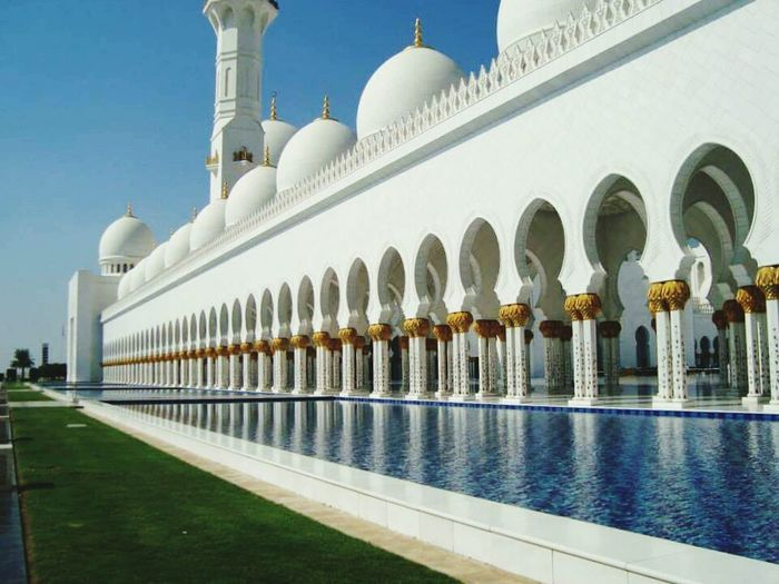 Architecture Travel Destinations No People Outdoors Cultures Day Water Abu Dhabi Sheikh Zayed Grand Mosque Religion Religious  Religious Icons Adapted To The City