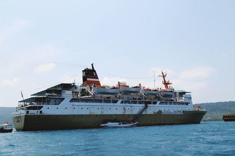 ship Ship