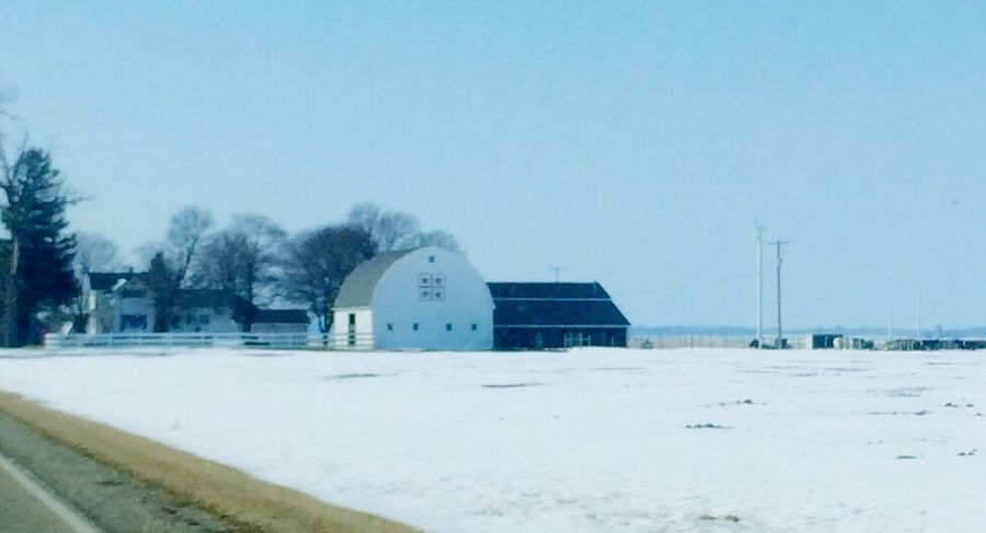 A country farm Building Photography Country Landscapes No People , WINTER Rural America Snow❄ Barns Oldbuilding Natural Light Photography