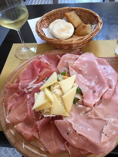 Tigelle Tigelleria Emiliana Bologna, Italy Cold Cuts Parmigiano Parmesan Cheese Parmesan Prosciutto Crudo Bologna Food And Drink Food Glass Meat Freshness Processed Meat Ham