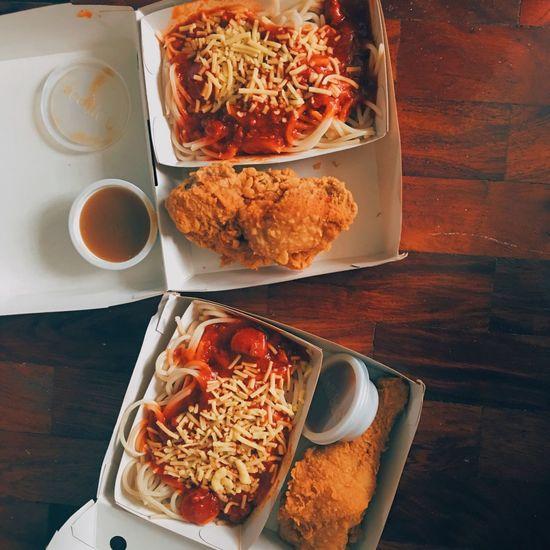 Jollibee C3: Chickenjoy and Spaghetti Jollibee C3 Chicken Spaghetti Chickenjoy