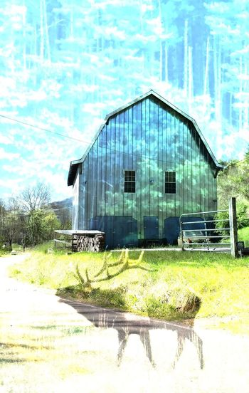 Cut and Paste In the Smokey Mountain Rural Country! Metal Barn Picture In Picture Elk Max Patch Rural Scenes Outdoors Building Exterior Love The Mountain Rurals EyeEm Nature Lover EyeEm Best Edits Cell Phone Photography Cut And Paste Cut And Paste Cut And Paste