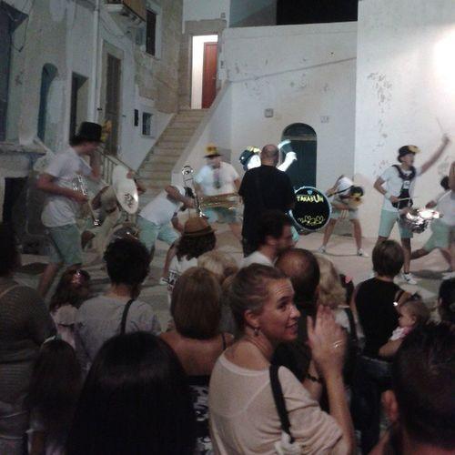 Streetbandshow Spettacolo Assicurato Monopoli summer music