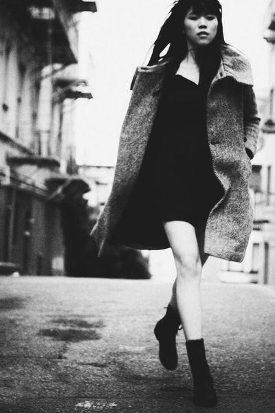 Walk it. Fashion San Francisco Street Photography Street Streetphotography Eye4photography  People Eye4photography  Portrait Of A Woman Outdoors Monochrome Black And White Blackandwhite Urban City EyeEm Best Shots Portrait Women Girl Street Fashion Day