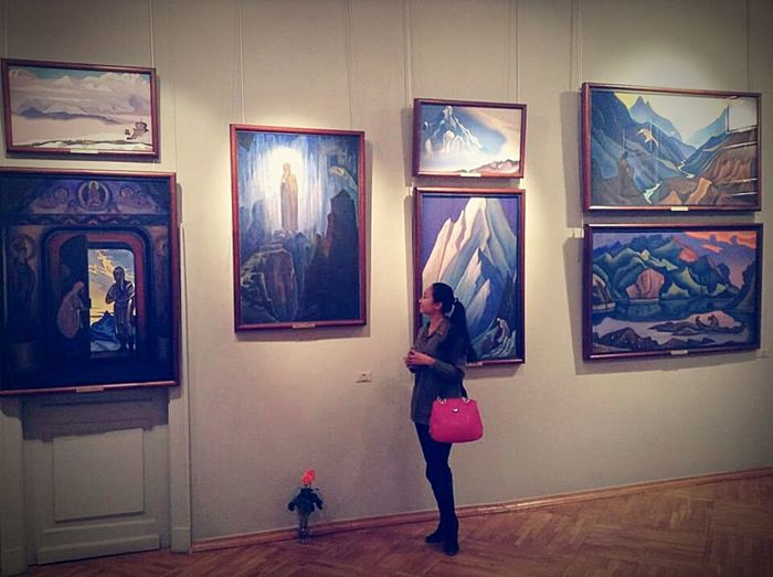 Art Exposition Museum Rerich Art Gallery Woman ThatsMe Moscow Russia рерих Gallery Art, Drawing, Creativity Museo East Eastern Art Original Experiences Fine Art Photography My Best Travel Photo