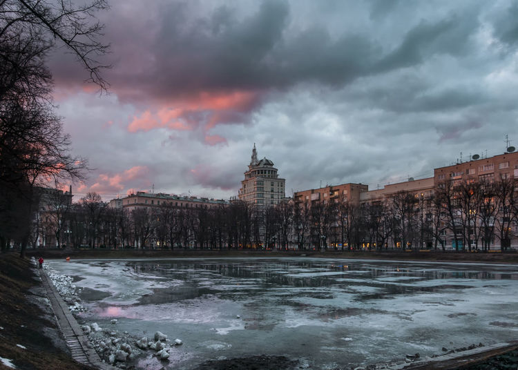 Patriarch pond in the evening Architecture City Cityscape Cloud - Sky Moscow No People Reflection Lake Russia Scenics Sky Sunset Urban Skyline Water EyeEm Weekly Market EyeEm Gallery Weekly City Life Weeklyphoto Weeklyspecial Weekly Eyeem Place Of Heart