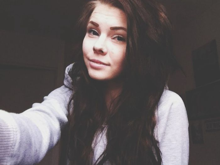 Tumblr Selfie Girl