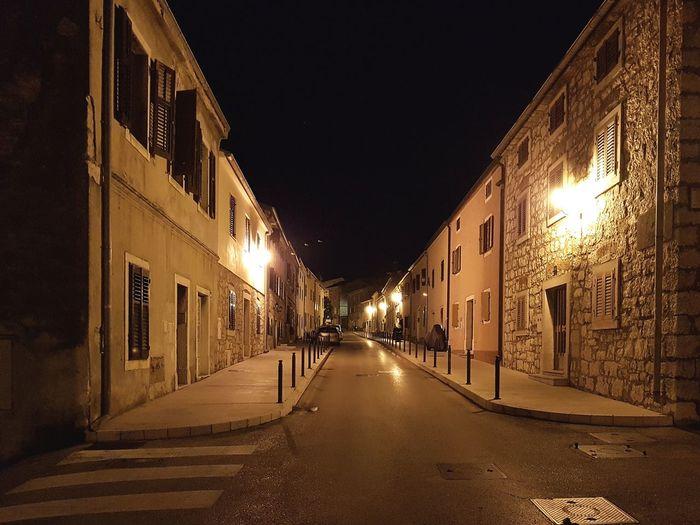 Nachts in Vrsar Vrsar Croatia Hrvatska Adriatic Sea Illuminated City Architecture Built Structure Building Exterior City Gate