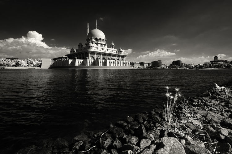 Putra Mosque By River Against Sky