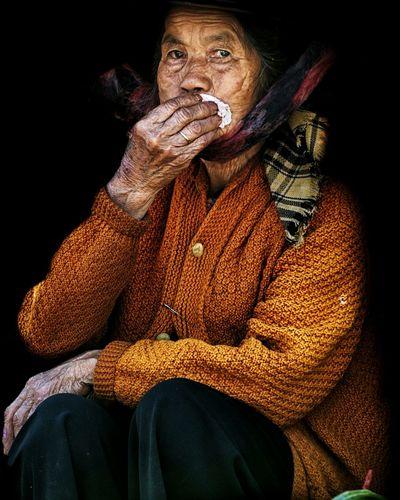 ... Streetphotography Street Photography Portrait Portrait Photography Portraits Portraiture EyeEm Best Shots EyeEm Portraits EyeEm Best Shots - People + Portrait EyeEmBestPics Humaninterest Candid Candid Portraits Portrait Of A Woman