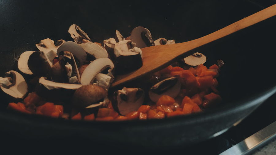 Cooking Wok Fungus Fungi Carrots