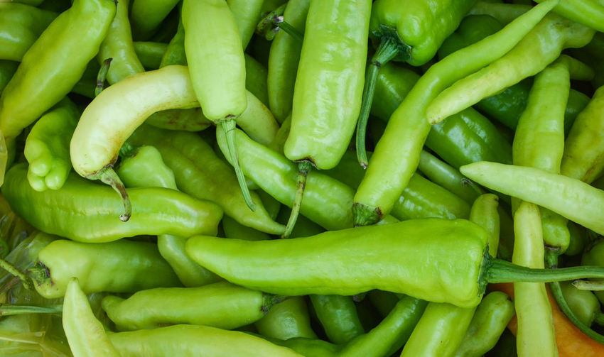 Sweet green chilli background / banana peppers capsicum annuum Agriculture Background Banana Bell Capsicum Cayenne Chili  Chilli Chillies Chilly Closeup Color Cooking Cut Eating Food Fresh Freshness Garden Green Healthy Heat Hot Image Ingredient Isolated Kitchen Market Mexican Natural Nature Nutrition Organic Paprika Pepper Peppers Plant Produce Raw Red Ripe Seasoning Sliced Spice Spicy Sweet Vegetable Vegetarian White Yellow