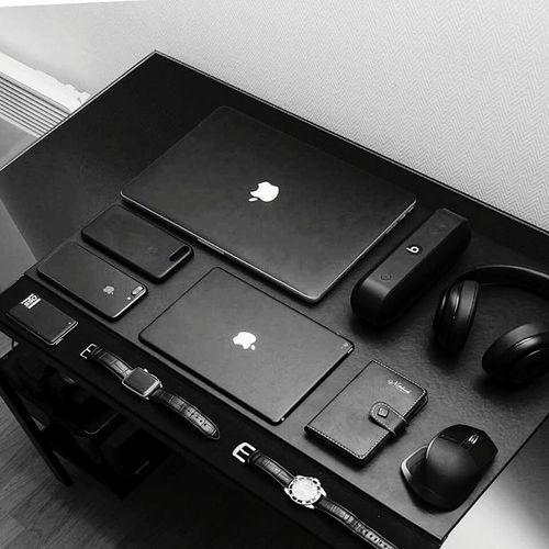 Apple Gadgets Hedphon Watches⌚️ Laptops Mousepad First Eyeem Photo