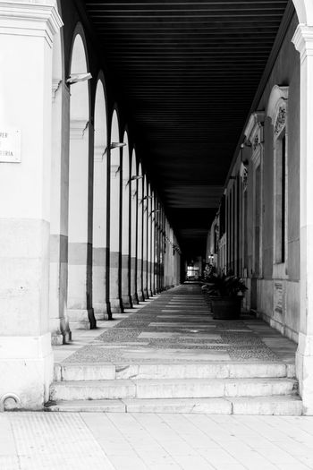 Architectural Column Architecture Black & White Black And White Black And White Photography Black&white Blackandwhite Blackandwhite Photography Building Corridor In A Row No People Repetition