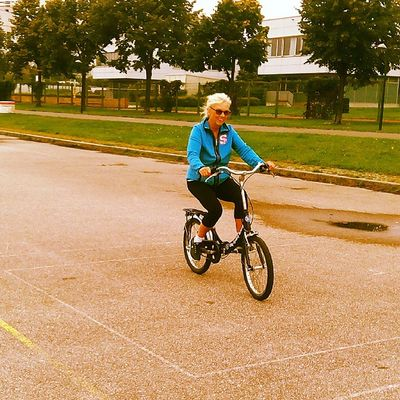 Another new cyclist in town. Please welcome Herta! Cyclingcourse Cycling Radfahrkurs Radfahren