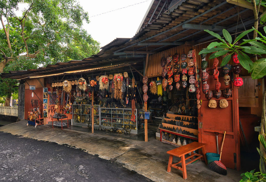 Souvenir shops along the temple Abundance Art Art And Craft Composition Crafts Culture INDONESIA Large Group Of Objects Magelang Market Retail  Roadside Souvenir