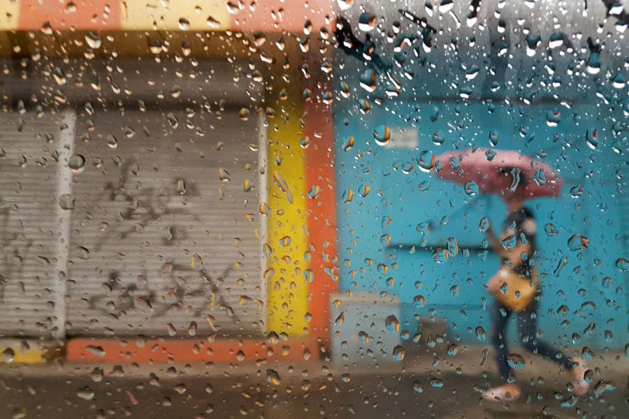 Samsung S7. June 2016. JR Borja St corner Corrales St. CDO. Samsung Galaxy S7 Mobile Photography Street Photography Mobile Street Photography Eyeem Philippines Rain Drops Rain Thru The Window Cagayan De Oro City Philippines Showcase July The Street Photographer - 2017 EyeEm Awards