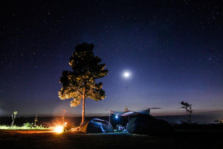 Camping Nightphotography Thailand Travel Blogger Camping Trip Campinglife Full Moon Good Vibes Moon Moonlight Nature Night Sky Space Star Star - Space Tent Travel Thailand วังน้ำเขียว จังหวัดนครราชสีมา วัด เขาแผงม้า