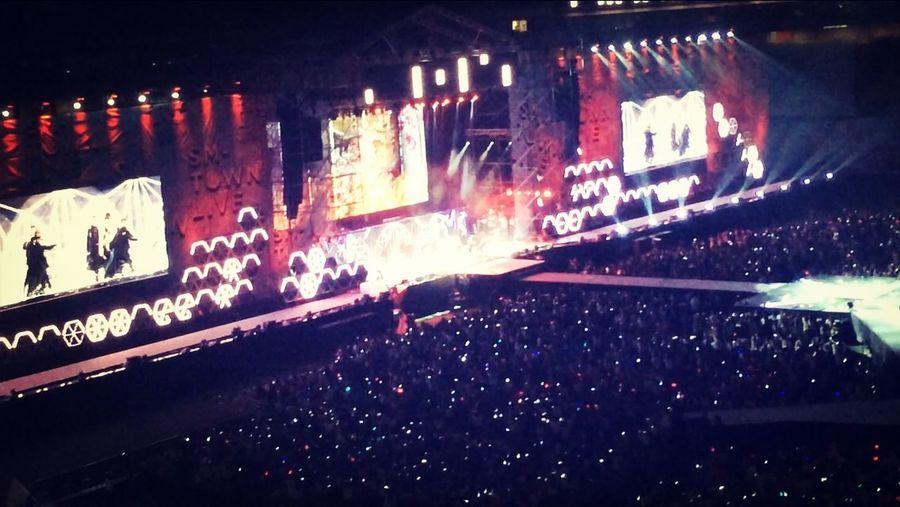 K-POP F(x) SM Town Concert ???in Korea. World cup stadium