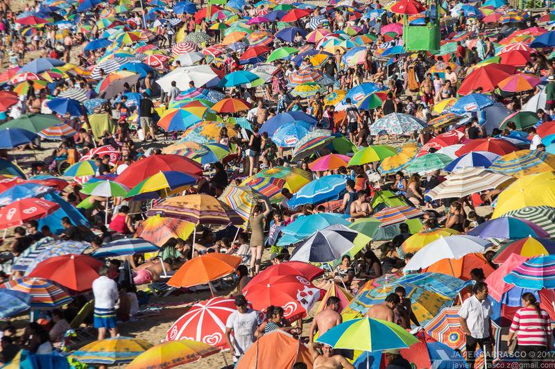 Where's Waldo? Crowd Beach Summer Summertime Day People Holiday Sun Sea Lotsofpeople Ocean Crowded Crowded Beach Pentax K-3 Pentaxian Pentaxero DSLR Dslrphotography Chile Coast