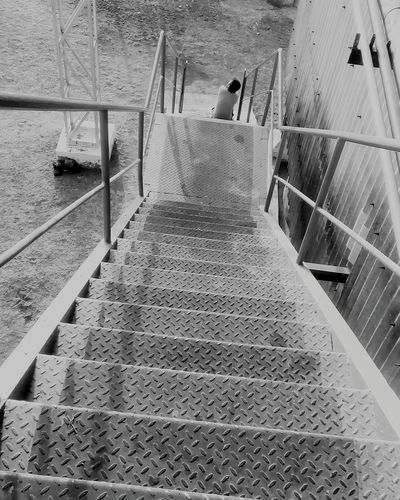 Steps And Staircases People Taking Photos Eyeemphoto EyeEm Gallery Dramatic Angles Monochrome Photography People And Places Eyeem Galery Outdoors Black & White