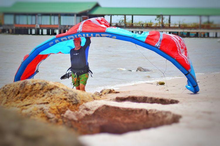 Kite surfing Agro Beach Risort Kitesurfing Beach Kites On The Beach EyeEm Market © Eyem Collection EyeEm Gallery Eyemgallery Eyeem Collection KompasTV EyeEm Team Googleimages Googlephotos Google Nature Instagallery Eyemphotos EyeEm Eyemphotography ınstagram People Of EyeEm People Photography