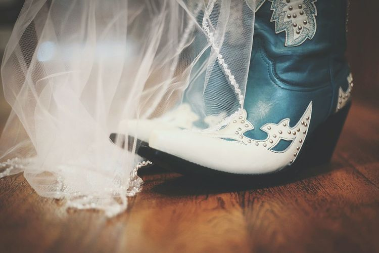 Weddings Around The World Wedding Photography Wedding Bridal Veil Boots❤ Texas Western Wedding
