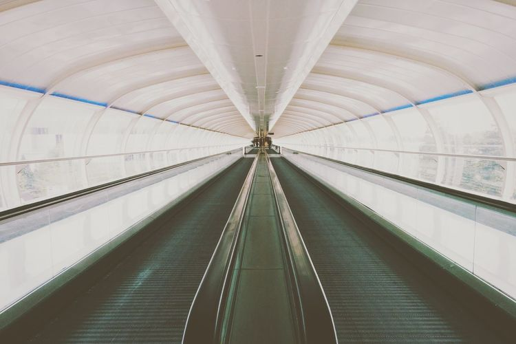 Traveling Airport Europe The Architect - 2014 EyeEm Awards