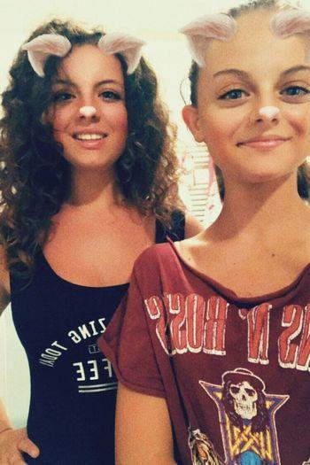 siamo ancora sullo stesso pianeta, quindi posso comunque dedicarti 'due su due' Questa è mia sorella, sara dura per chi me la tocca💞 Sisterinchrime Sislover Loveyou♥ Cicciabaciccia