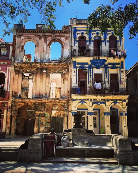 Old Havana boasts beautiful old, run down houses though an effort has been taken to preserve rather than just to destroy. House frames have been maintained while the interiors have been removed as in this example.....! Architectural Detail Architecture Old House Abandoned Walking Around Taking Photos Havana Cuba EyeEm Gallery Urban Geometry Urbanphotography Street Photography Old Buildings Eye4photography  Discover Your City