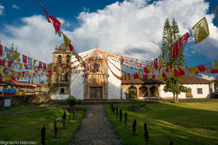 Travel Destinations Sky No People Architecture Day Outdoors Church Architecture Clouds Iglesia Pasto Patronal Feast Flags In The Wind  Nikon D7100 Mexico Traditional