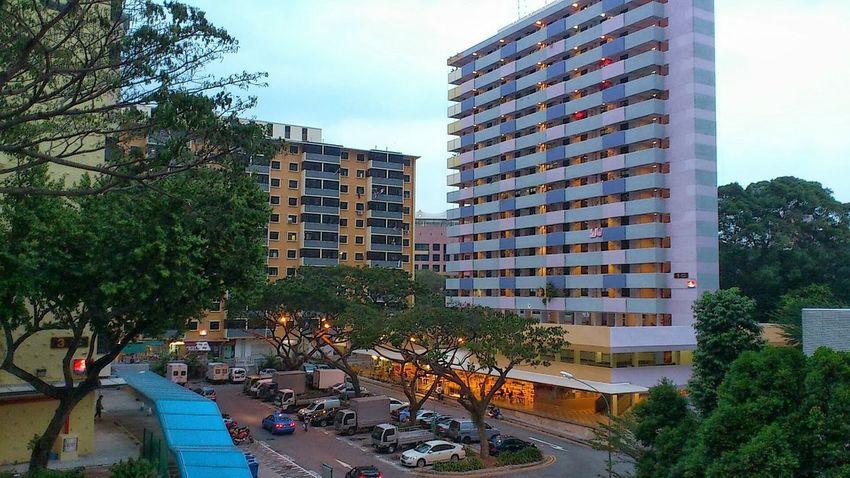 Singapore- Jalan Kukoh housing estate Snapseed Nightphotography Smartphonephotography Sonyxperiaphotography Eveninglight Evening Photography Mobilephotography