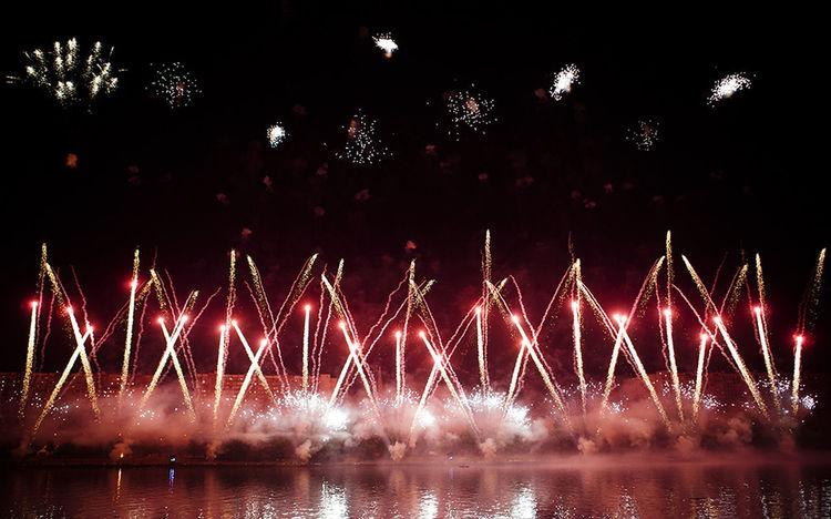 Fireworks Arts Culture And Entertainment Celebration Firework Display Illuminated Night фейерверк фестиваль фестиваль фейерверков