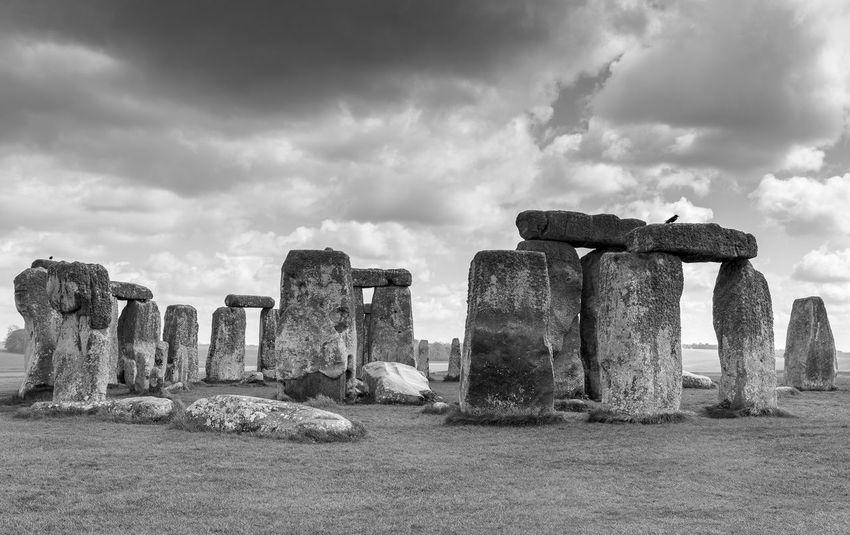 Stonehenge Black & White Britain England, UK Steinkreis United Kingdom Amesbury Archaeology Black And White Monument No People Outdoors Prehistoric Monument Stonehenge Tourism Travel Destinations